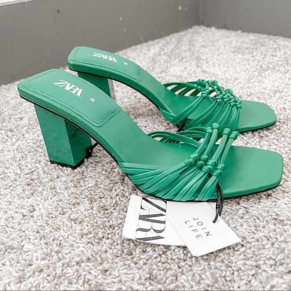 NWT Zara open toe green squared heel sandals 7.5